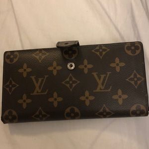 Louis Vitton authentic monogram wallet